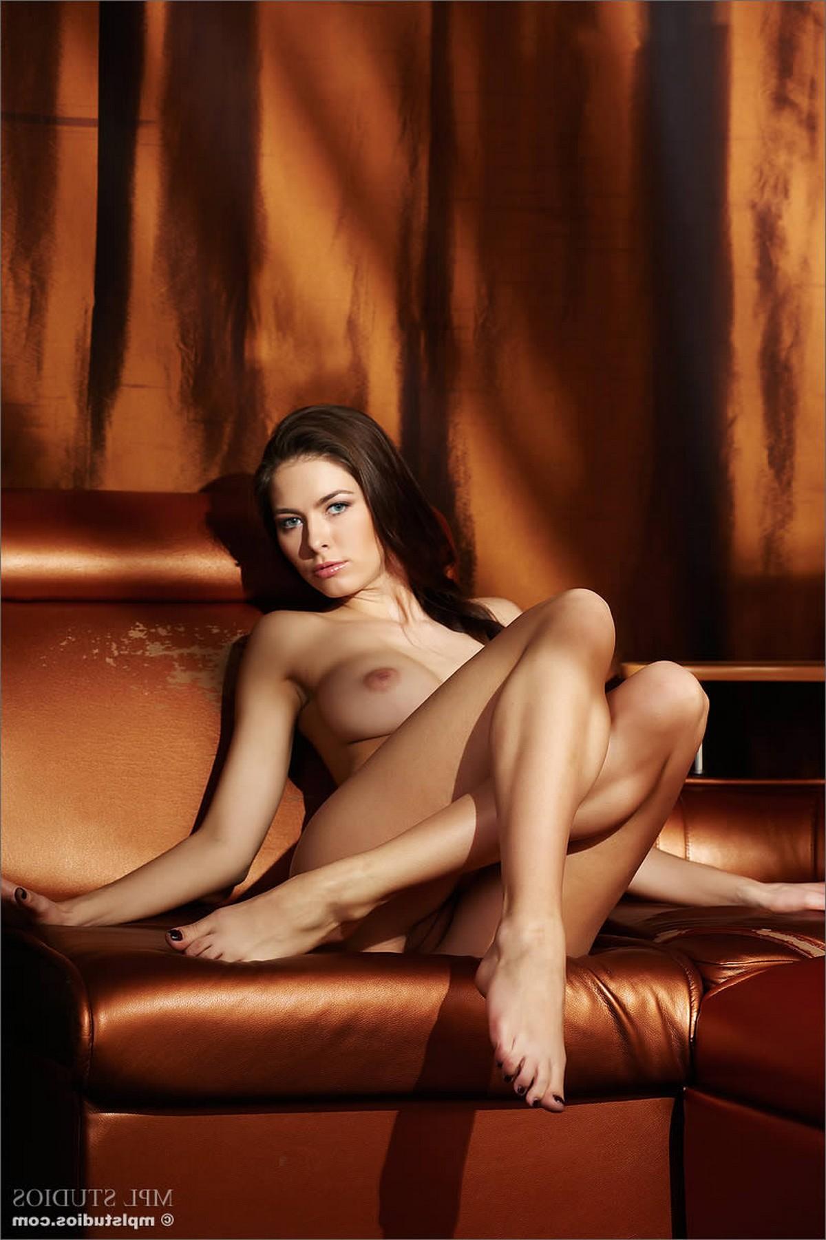 http www pichaloca com video masaje-erotico-con-un-hombre-m aduro